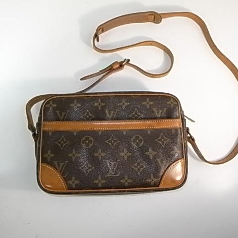ルイヴィトンのバッグ正面