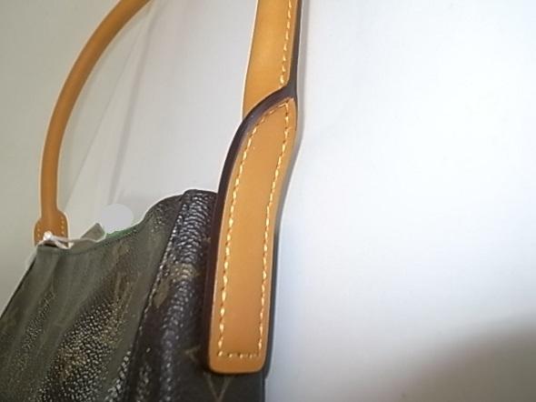 バッグの持ち手に使われたヌメ革