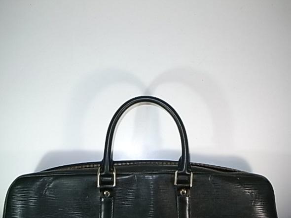 ルイヴィトンバッグの持ち手交換